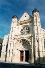 Eglise Saint-Antoine - Français:   Église Saint-Antoine de Compiègne, Oise, France