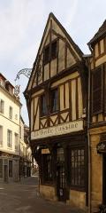 Maison La vieille Cassine - English: Compiègne, house 10 Rue des Lombards