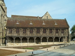 Ancienne cathédrale (église Notre-Dame) et ses annexes - Nederlands: Noyon (departement Oise, Frankrijk): kapittelbibliotheek