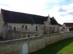 Ancienne abbaye - This building is en partie classé, en partie inscrit au titre des monuments historiques de la France. It is indexed in the base Mérimée, a database of architectural heritage maintained by the French Ministry of Culture,under the reference PA00114868 .