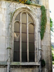 Eglise Saint-Aignan - Français:   Baie du transept nord, sur la rue de Beauvais.
