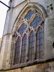 Eglise Saint-Aignan - Français:   Baie de la chapelle latérale nord du chœur, sur la rue de Beauvais.