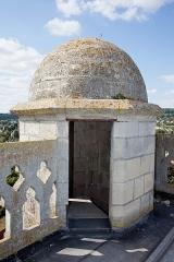 Eglise Saint-Crepin - Français:   Cette entrée surplombe le coin nord-ouest du clocher carré. Elle permet d\'accéder aux escaliers qui mènent au clocher, mais aussi aux orgues.