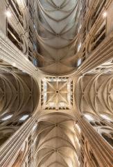 Ancienne cathédrale, actuellement église Notre-Dame, et cloître - Deutsch: Gewölbe und Laterne der Kathedrale Notre-Dame von Laon, Picardie, Frankreich