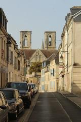 Eglise Saint-Martin - English: Laon, Rue Saint-Martin and Saint-Martin church