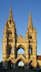 Ancienne abbaye de Saint-Jean-des-Vignes - English: West front of the Abbey of St. Jean des Vignes in Soissons