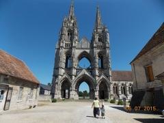 Ancienne abbaye de Saint-Jean-des-Vignes -  Tours de St-Jean-des-Vignes à Soissons (02).