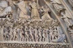 Cathédrale Notre-Dame - Français:   Amiens tympan central detail 06.