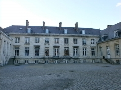 Ancien évéché - This building is inscrit au titre des monuments historiques de la France. It is indexed in the base Mérimée, a database of architectural heritage maintained by the French Ministry of Culture,under the reference PA00116054 .