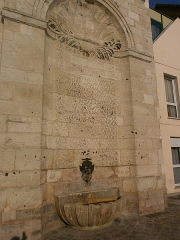 Fontaine Saint-Julien - Français:   Amiens - Fontaine Saint-Julien