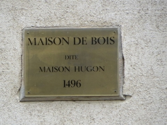 Maison de bois - This building is indexed in the Base Mérimée, a database of architectural heritage maintained by the French Ministry of Culture,under the reference PA00116334 .