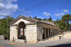 Lavoir public dans le quartier de la Tourne -  Bourg-Saint-Andéol (Ardèche, France), lavoir public dans le quartier de la Tourne.