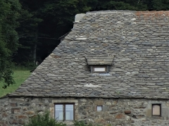 Ferme Rudel -  In Sainte-Eulalie (Ardeche, France), the Rudel farm; well renovated, this pretty farm with slate roof is not far from mont Gerbier de Jonc.