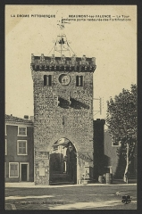Porte fortifiée - English: CA 1910