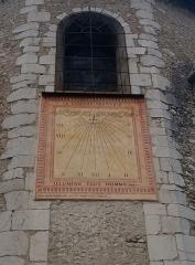 Ancienne cathédrale, actuellement Eglise Notre-Dame - Français:   Cadran solaire sur le mur de la cathédrale Notre-Dame de Die (Drôme, France).