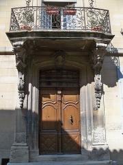 Maison Flachère de Roustan - Français:   maison Flachère de Roustan, Grand-Faubourg (rue du) (Inscription   Classement, 1982   1982): Porte d\'entrée