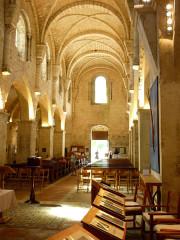 Eglise abbatiale Sainte-Marie - Deutsch: Klosterkirche, Mittelschiff nach Westen