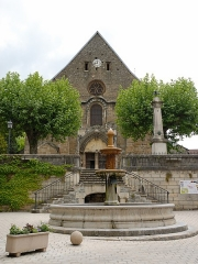 Eglise Saint-Theudère - This building is indexed in the base Mérimée, a database of architectural heritage maintained by the French Ministry of Culture,under the reference PA00117249 .