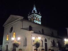 Eglise - English: Clocher et Eglise St Marcellin by night 38160 PA00117259 VAN_DEN_HENDE_ALAIN CC-BY-SA-40 P09nn