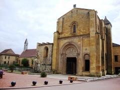 Abbaye de Charlieu - English: Charlieu (Loire, Fr) l'abbaye