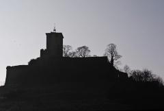 Eglise, ancien prieuré et remparts - Français:   prieuré et remparts en hiver