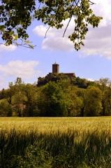 Eglise, ancien prieuré et remparts - Français:   Prieuré de Montverdun