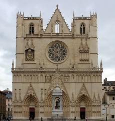 Cathédrale Saint-Jean - La primatiale Saint-Jean à Lyon.