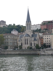 Eglise Saint-Georges - English: View of the curch of Saint-Georges (F-69005) from the Saône River (quai Tilsitt).