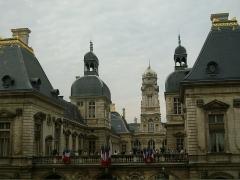 Hôtel de ville - Français:   Hotel de ville vu de l\'opéra de Lyon