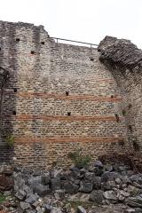 Site archéologique de Fourvière -  Odéon antique dans le 5e arrondissement de Lyon: mur de soutènement;