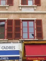 Maison - Français:   facade 762 rue nationale. Les façades et les toitures Sud et Ouest dans la cour et de la tourelle d\'escalier sont classées
