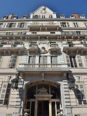Grand Hôtel - English: Sight of Grand Hôtel monumental facade, in Aix-les-Bains, Savoie, France.