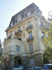 Ancien Hôtel Excelsior - English: Sight of former Hôtel Excelsior (known today as Résidence Beauregard), in city of Aix-les-Bains, in Savoie, France.