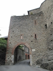 Porte Tarine à Conflans - English: Exterior view of the Tarine's Gate in Conflans (Savoie), France