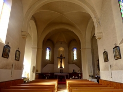 Eglise - English: Inside sight of Notre-Dame de l'Assomption church of Bonneval-sur-Arc, at the very end of the high Maurienne valley, in Savoie, France.