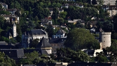Château des Ducs de Savoie - English: Panoramic sight of Chambéry castle at the end of day, in Chambéry, Savoie, France.