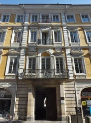 Hôtel des Marches - English: Sight on the Hôtel des Marches et de Bellegarde building in Chambéry downtown, in Savoie, France.