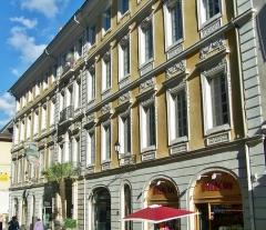 Hôtel des Marches - English: Sight on hôtel des Marches et de Bellegarde building in Chambéry downtown, in Savoie, France.