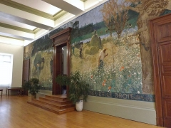 Palais de Justice - English: Sight of the salle des pas perdus room, and its huge wide fresco from Pierre Montezin (1939), in the city of Chambéry courthouse, in Savoie, France.
