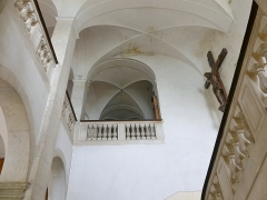 Abbaye de Hautecombe - English: Sight of the first floor reached by the great staircase (18th century) of Hautecombe abbey, in Savoie, France.