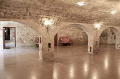 Château - Français:   Cave voûtée du château de Clermont (Haute-Savoie).