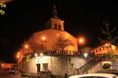 Eglise Sainte-Agathe - Français:   Église Sainte-Agathe, de nuit, Fr-74-Rumilly.