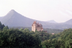 Château de Menthon - English: Menthon-Saint-Bernard, view to the castle
