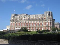 Hôtel du Palais - Français:   Facade de l\'Hôtel du Palais, Biarritz, France