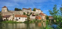 Enceinte médiévale - Français:   Enceinte médiévale de Pesmes