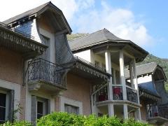 Maison Druène -  Luz-Saint-Sauveur (Hautes-Pyrénées, France), the Druène house, built in the 18th century, was first a customs post and then had various uses to be a living house.