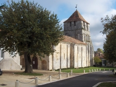 Eglise Saint-Jean-Baptiste - English: Church of Grassac - Charente - France - Europe