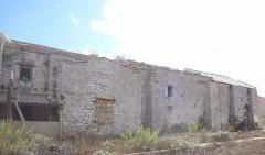 Ancienne église Sainte-Marie-Madeleine ou Santa Maddalena - Français:   Église Sainte-Marie-Madeleine de Bonifacio, Corse  (Inscrit, 1994) Bâtiment en mauvais état, dans une friche.