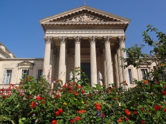 Palais de Justice - English: Courthouse built in 1853 in the neoclassical style, on the site of the former Chateau des Guilhem