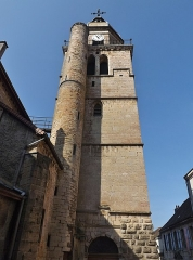 Eglise - English: Saint-Amateur et Saint-Viateur de Saint-Amour church tower, in Saint-Amour, Jura, France.